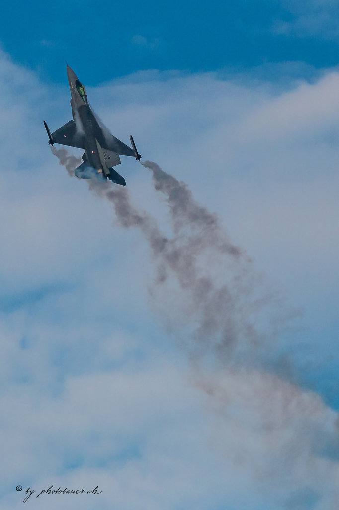 Air14-001.jpg